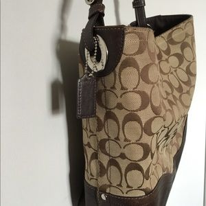 Coach Bags - Coach Signature Handbag Purse